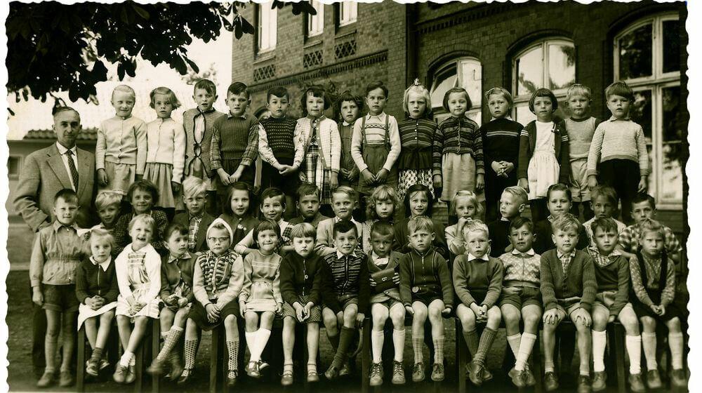 Klassenfoto mit Massenmörder: Das Doppelleben des Artur Wilke