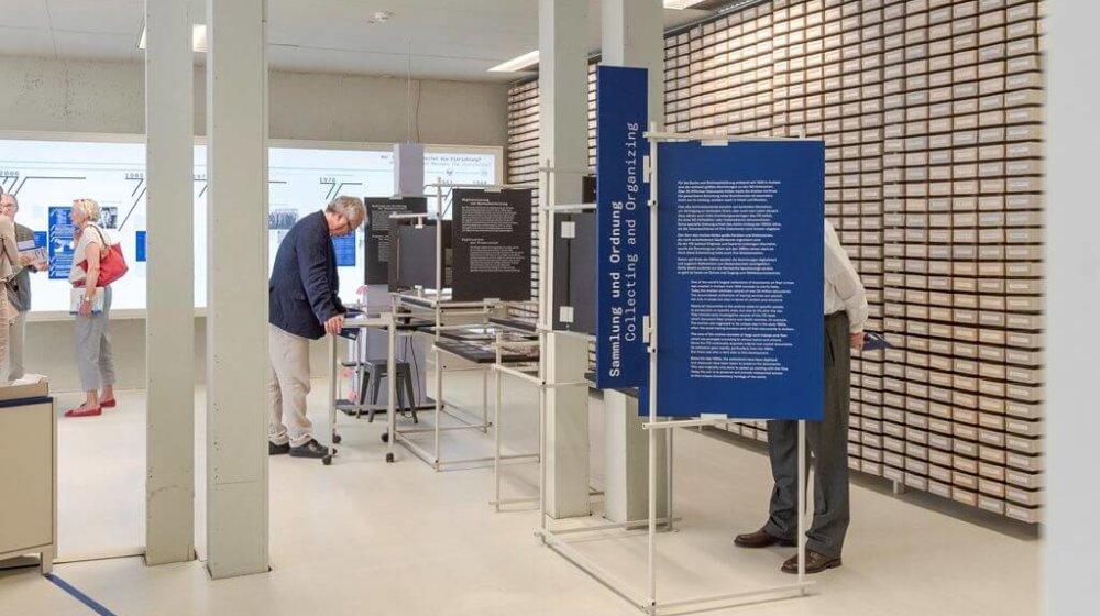 Neue Dauerausstellung zeigt die Geschichte der Arolsen Archives