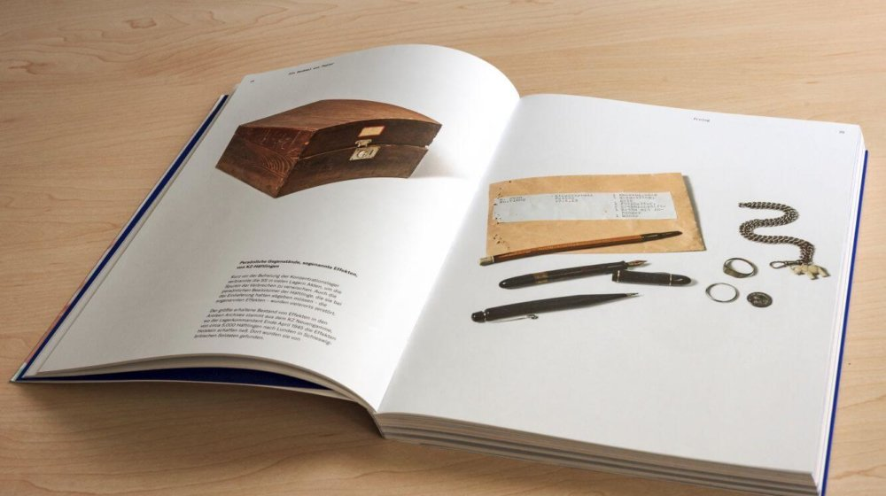 """Katalog zur Ausstellung """"Ein Denkmal aus Papier"""""""